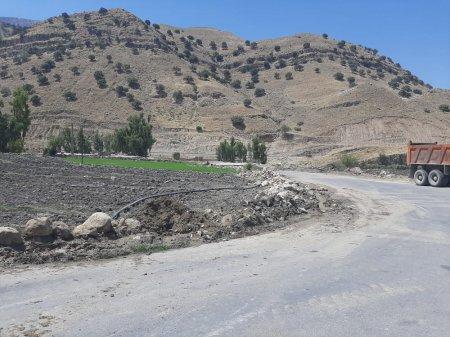 رفع تجاوز و قلع و قمع مستحدثات غیر مجاز محور دهدشت -قلعه دختر /تصاویر